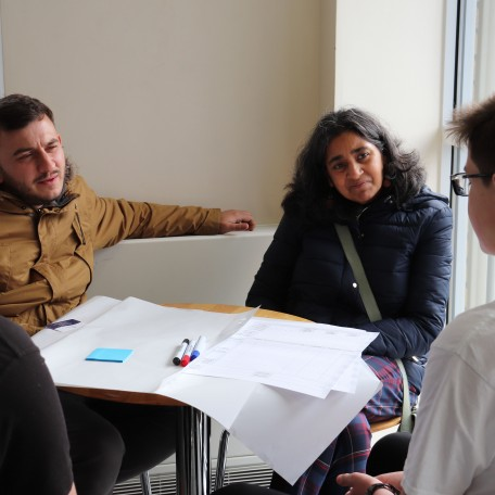 Group discussions: Image 4